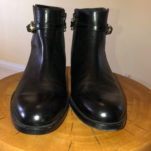 Brand new Johnston and Murphy ankle boots